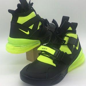 Nike Air Force 270 Utility black/volt